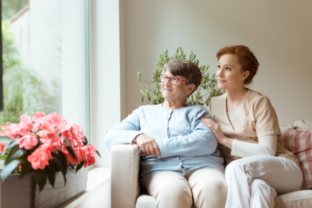 5 Elderly Personal Care Tips Every Caregiver Should Apply