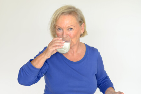 Healthy Nutrition Tips for the Elderly at Home
